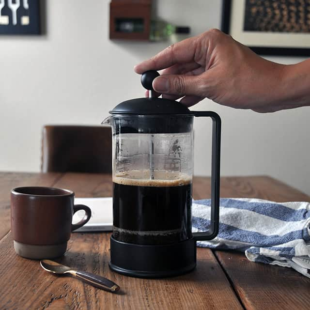 chemex vs french press which one brews the best coffee 2caffeinated. Black Bedroom Furniture Sets. Home Design Ideas